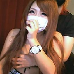【ライブチャット動画】スレンダーなギャル系美少女が彼氏に胸を揉まれて恥ずかしがる反応がたまらん!