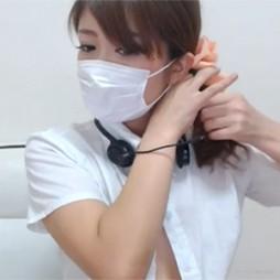 【ライブチャット動画】AKBにいそうなアイドル系童顔素人がパイパンおまんこと張りのあるオッパイをチラチラ