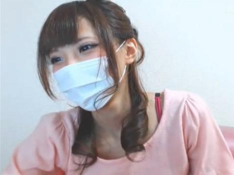 【ライブチャット動画】S級な激カワ素人がM字開脚のエロエロ配信流出!