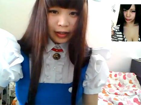 【アダルトライブチャット】巨乳の素人娘がメイドコスから生着替えでエロファッションショー