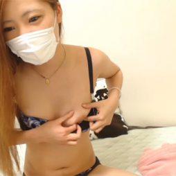 [個人撮影流出]関西弁のギャルがリスナーにサービスでアナル見せつける