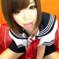 制服姿のロリ系関西弁美少女が電マオナニーをライブチャットで配信