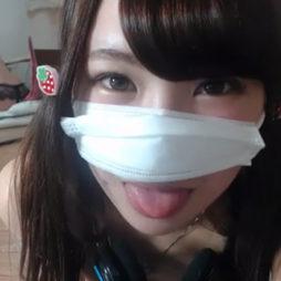 [個人撮影]この舌でいろんな男のあそこを舐め回してきた女子の生ライブチャット